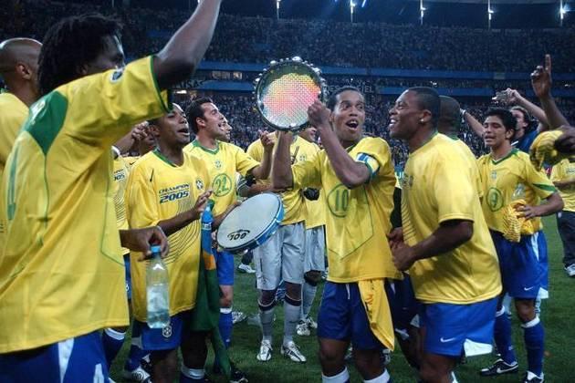 Um ano depois, Brasil e Argentina voltaram a se enfrentar. Pela Copa das Confederações, a Seleção triunfou por 4 a 1. O destaque foi para Adriano Imperador, que marcou dois gols.