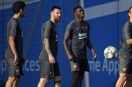 Barcelona retomou as atividades, mas com elenco reduzido