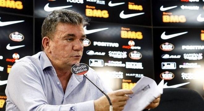 Andrés admitiu que errou na gestão financeira do Corinthians