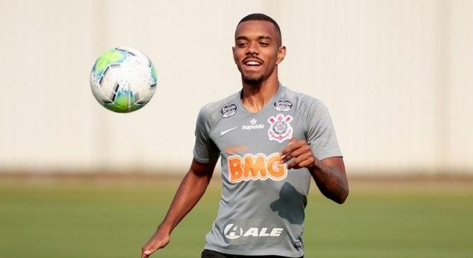 Lucas Pires tem 20 anos e está próximo de acerto com o Santos