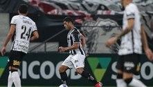 Hulk marca duas vezes e Atlético-MG vence o Corinthians de virada