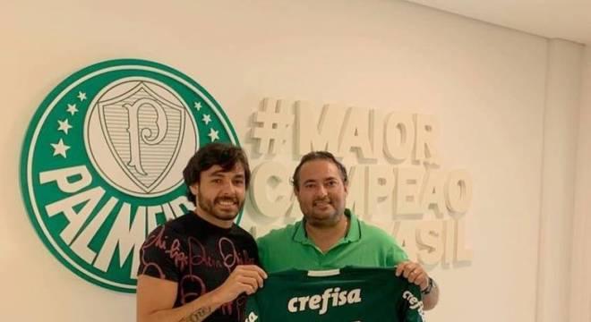 05df07809b Sem camisa 4 e reforços acima de 30  Palmeiras divulga sua numeração –