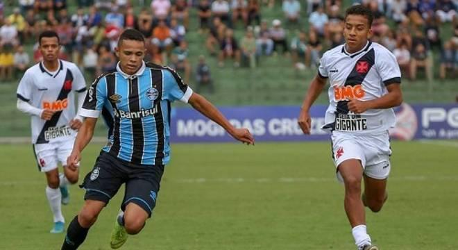 Grêmio e Vasco fizeram jogo movimentado em Mogi das Cruzes