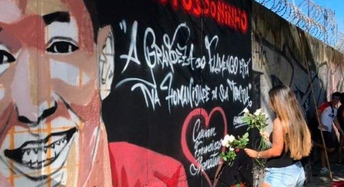 Garotos do Ninho foram homenageados com mural próximo ao Maracanã