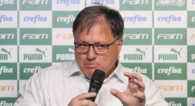 A 15 dias da estreia na Libertadores, Palmeiras ainda tenta fechar elenco