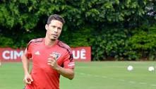 Hernanes volta a treinar com bola, mas será desfalque do São Paulo