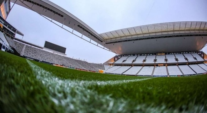 Primeiro jogo do Corinthians na Arena foi em 18 de maio de 2014