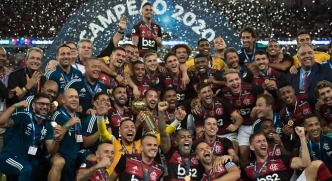 Premiações, venda de Reinier e bilheteria impulsionam receitas do Flamengo