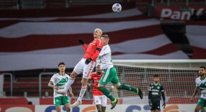 Galhardo marcou o gol da vitória colorada