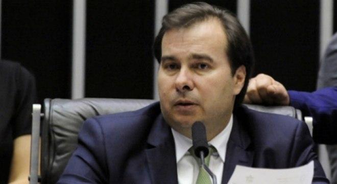 Rodrigo Maia prorrogou MP 984, mas quer que medida caduque