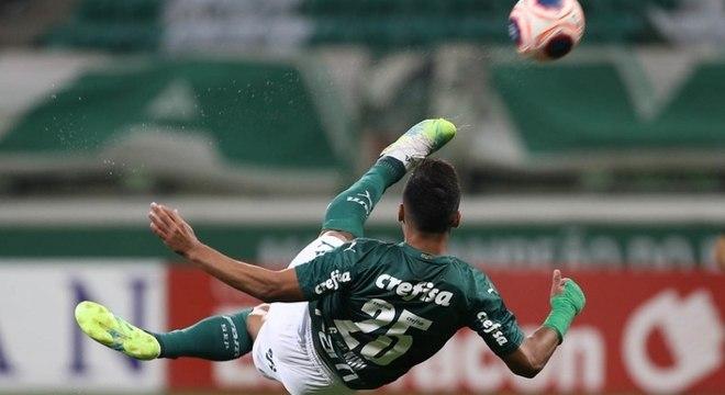 Gabriel Menino tem se destacado nos jogos do Palmeiras