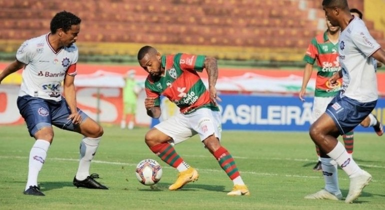 Portuguesa foi eliminada pelo Caxias na Série D