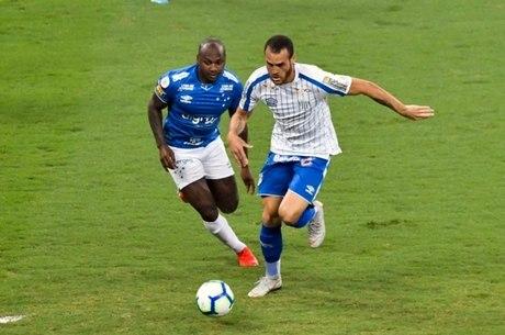 Cruzeiro e Avaí fizem jogo burocrático