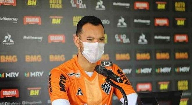 O capitão Réver é mais contaminado pela Covid-19 no Atlético-MG