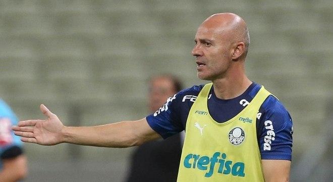 Vitor Castanheira comandou o Palmeiras nesta quarta-feira