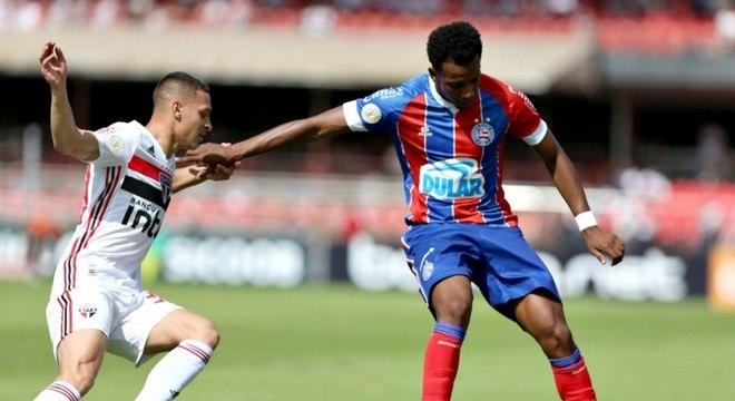 Pela manhã, São Paulo e Bahia fizeram jogo morno no Morumbi e ficaram no 0 a 0