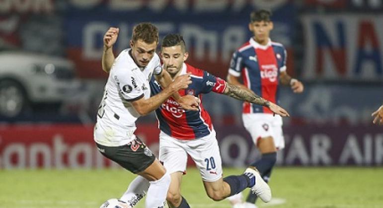 Galo vence o Cerro e garante vaga na próxima fase da Libertadores
