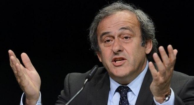 Platini já deixou a prisão
