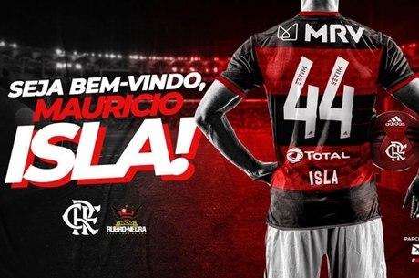 Chileno Isla usará camisa 44 no Flamengo