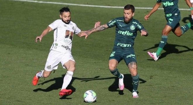 Meia do Palmeiras se lesionou no empate por 2 a 2 contra o Sport