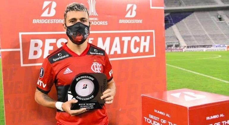 Arrascaeta foi eleito o melhor em campo na vitória do Flamengo