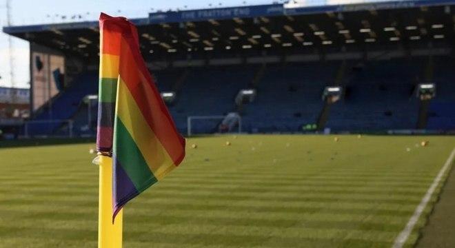 STJD punirá injúrias sexuais em estádios com perda da três pontos para os clubes