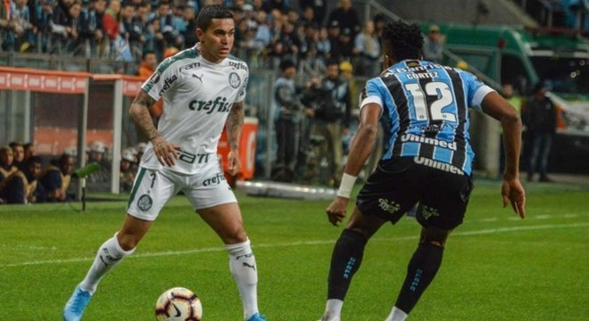 Dudu foi um dos melhores jogadores do Palmeiras no jogo