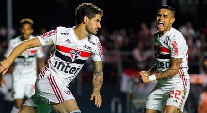Alexandre Pato vai ser desfalque do São Paulo diante do Botafogo, neste sábado