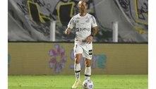 Tardelli quase deixou o Santos, mas decidiu ficar e deve jogar domingo