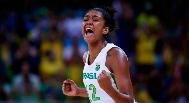 Damiris confia em evolução ainda maior da seleção feminina de basquete