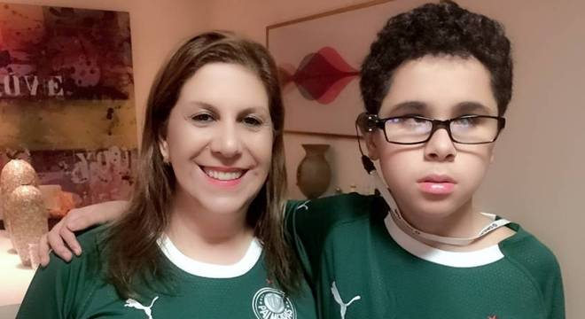 Nickollas e a mãe, Silvia Grecco, irão à 1ª partida do ano no Allianz Parque
