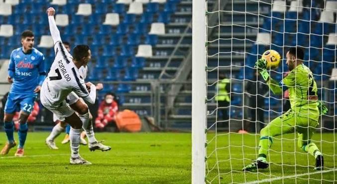 Cristiano chegou a 760 gols, mas tchecos dizem que ele não é maior artilheiro