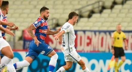 Santos parou na marcação do Fortaleza