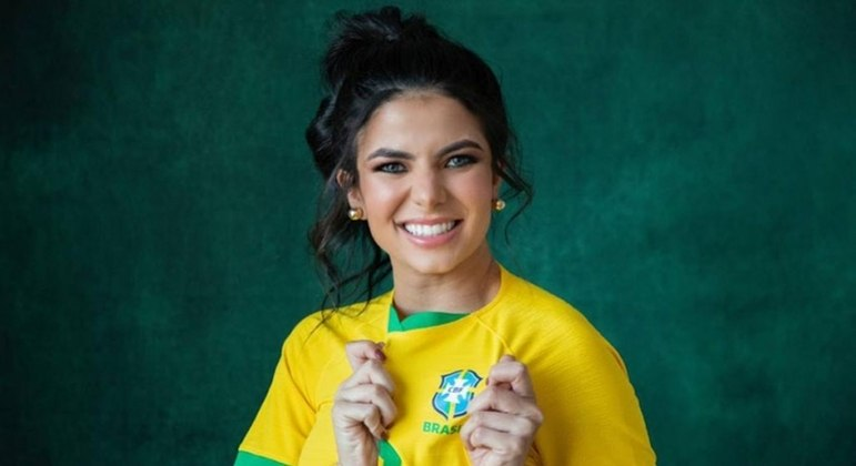 A cantora Gabi Fernandes
