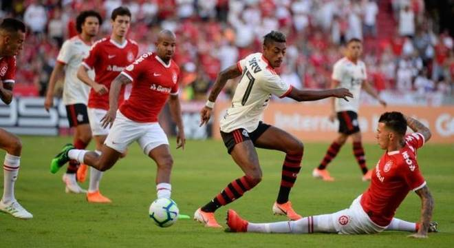 Expectativa é de grande jogo entre Flamengo e Internacional, pela Libertadores