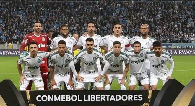 Palmeiras voltou a se mostrar forte e consistente atuando fora de casa