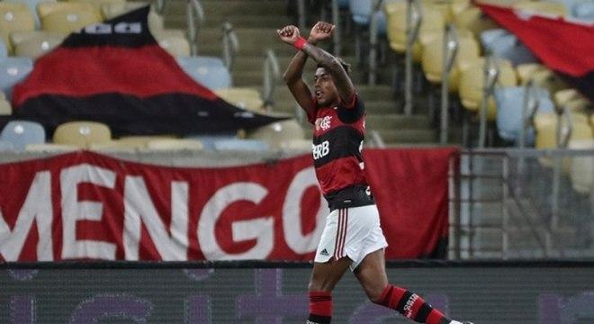 Bruno Henrique fez um belo gol na vitória do Flamengo