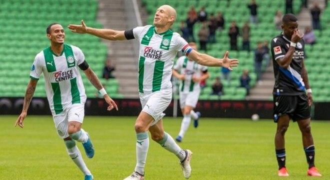 Robben não consegue ter sequência pelo Groningen