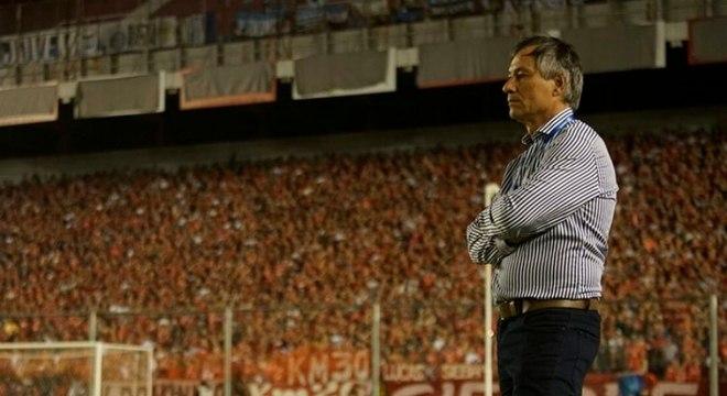 """""""Estou muito feliz de realizar esse sonho em um clube com a história e a envergadura do Santos"""", afirmou"""