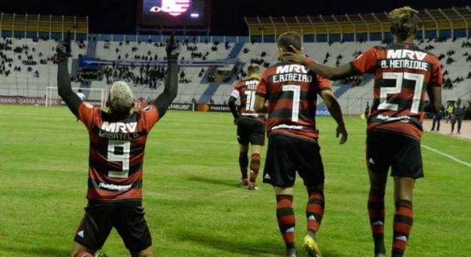 Gabigol, Everton, Bruno Henrique, Diego e Arrascaeta atuaram pouco juntos
