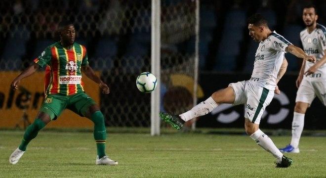 Moisés foi o autor do gol da vitória alviverde em São  Luis
