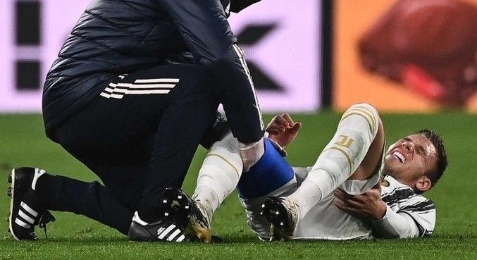 Brasileiro segue se recuperando de uma cirurgia realizada no joelho