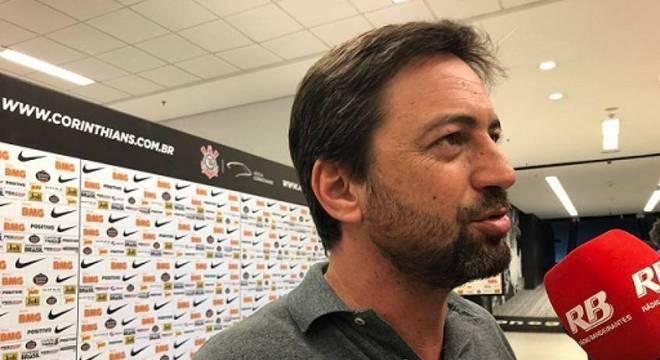 Duílio é o homem forte do futebol do Corinthians