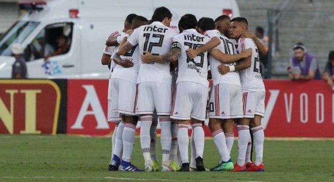 Elenco do São Paulo fará 8 dos 12 jogos da fase de classificação na capital paulista