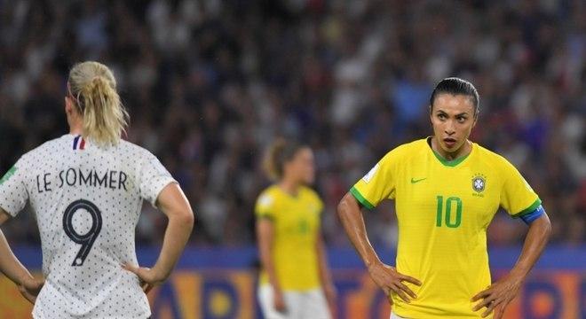 Marta fez um desabafo sobre o futebol feminino após derrota do Brasil