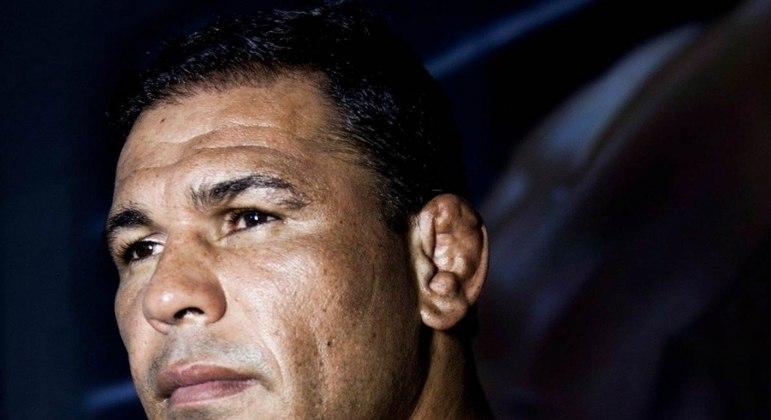 O que leva os lutadores a terem lesões na orelha? Especialista explica