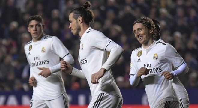 Bale vive momento delicado no Real Madrid
