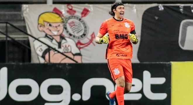 Cássio foi o melhor em campo na vitória sobre o Palmeiras