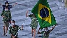 Brasil faz um desfile particular na Vila Olímpica