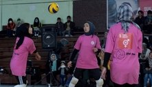 Jogadora de vôlei é morta pelo Talibã; outras atletas tentam fuga